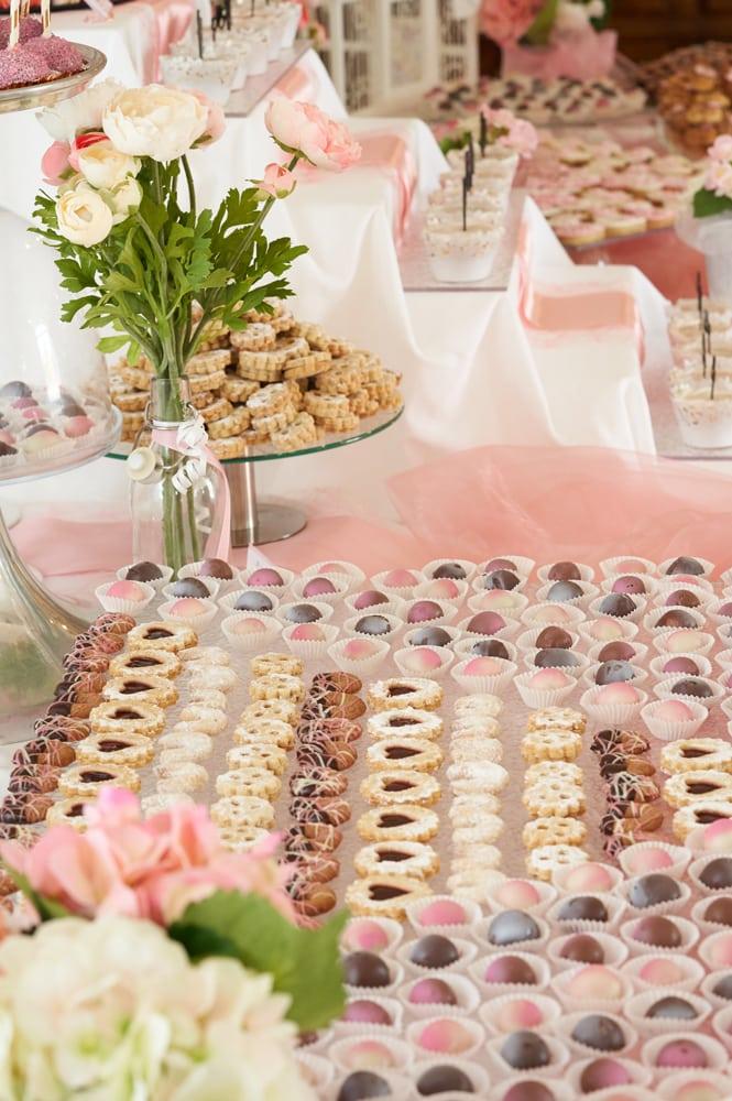 """Candybar Restaurant """"zum weissen Pfau"""" Schloss Hof"""